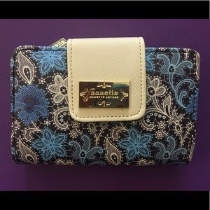 Nanette Lenore wallet NWOT